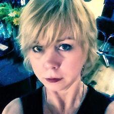 Sheila Clark, Salon 5200